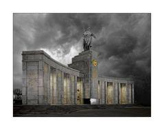 Sowjetisches Ehrenmal in Berlin Tiergarten II