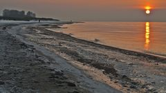 - späte Strandwanderer -