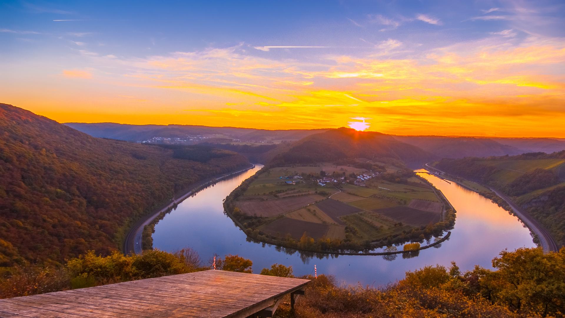 Spätherbst - Sonnenuntergang bei Serrig