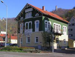 Spätherbstsonne und das Haus