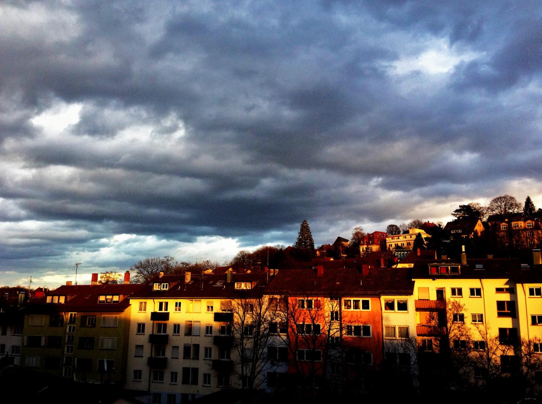 Spätnachmittagslicht auf den Häuserreihen