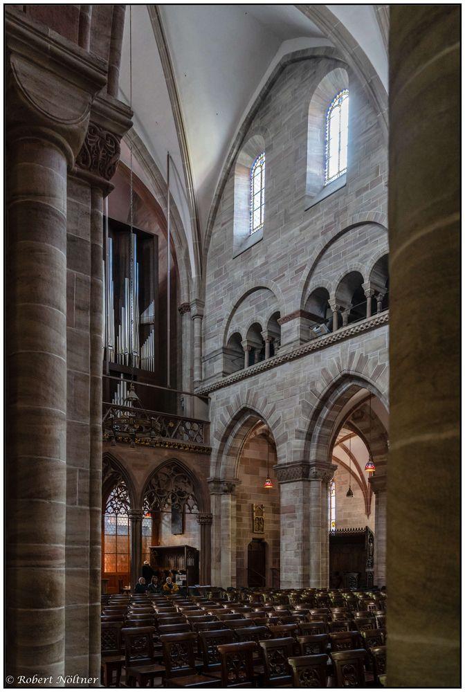 Spätromanik im Basler Münster