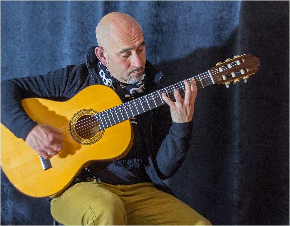 Spanische Gitarre - Magie und Geheimnis