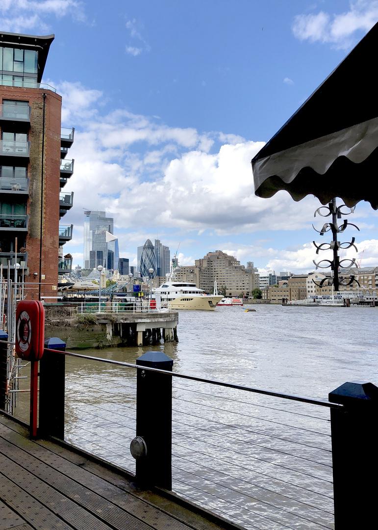 Spaziergang an der Thames