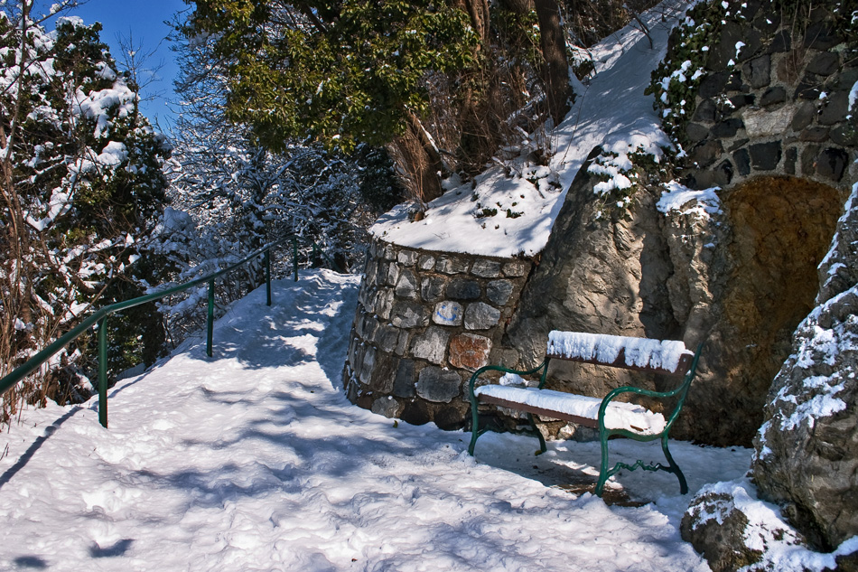 Spaziergang auf dem verschneiten Schloßberg in Graz!