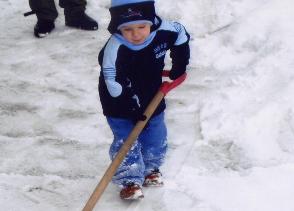 ...Spazziamo la neve