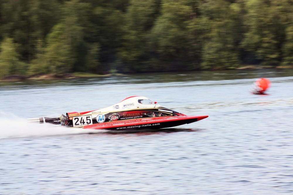 Speedbootrace auf dem Stausee Oberwald in Sachsen