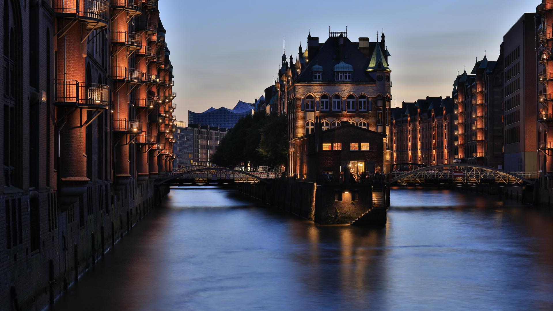 Speicherstadt Hamburg: Wasserschloss