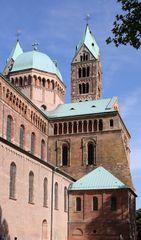 Speyerer Dom - Südansicht (in Richtung Osten)