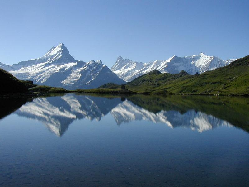 Spiegelbild der Berge