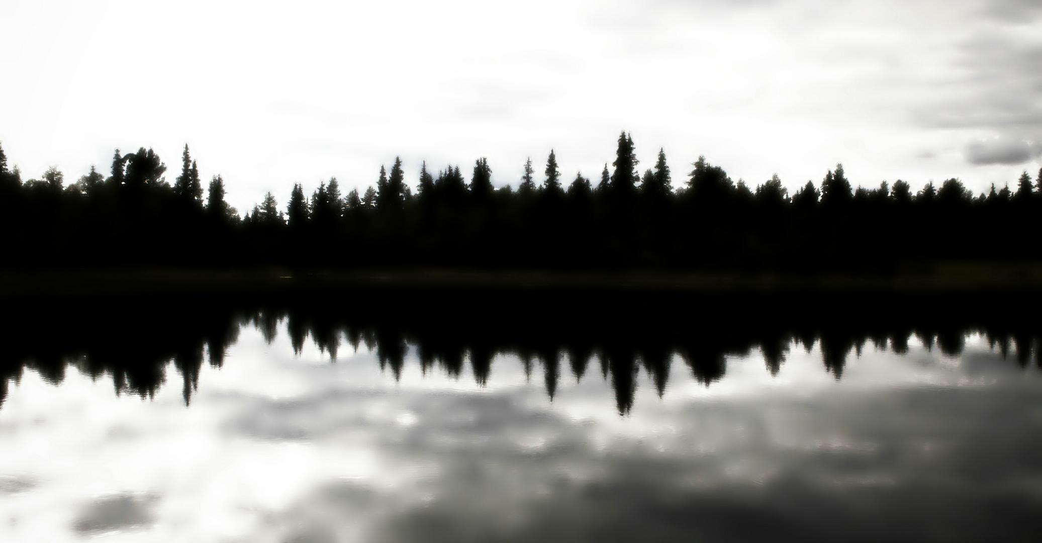 Spiegelbildlich