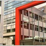Spiegeltag- Bürogebäude