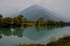Spiegelung am ruhigen Fluss!
