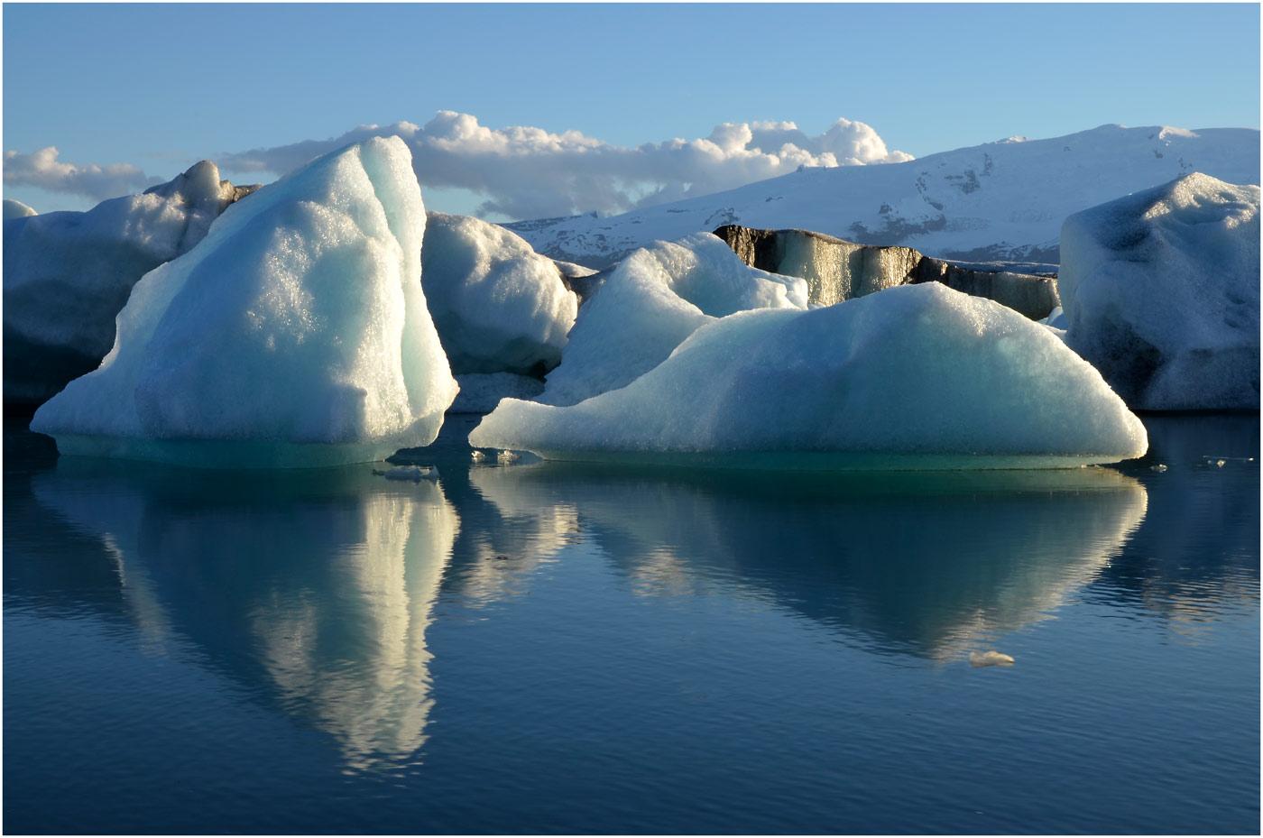Spiegelung Gletschereis