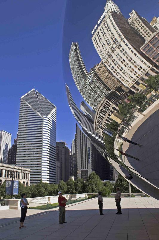 Spiegelung im Millenium Park ,Chicago