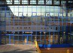 Spiegelung - Schiff im Glas mal anders
