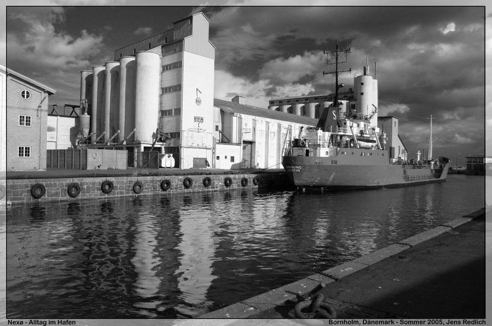 Spiegelungen im Hafen von Nexø IV