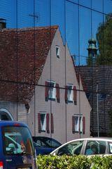 Spiegelwand