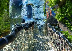 Spiegelweg mit Turm