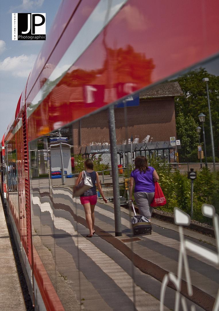 Spieglein, Spieglein an dem Zug ...