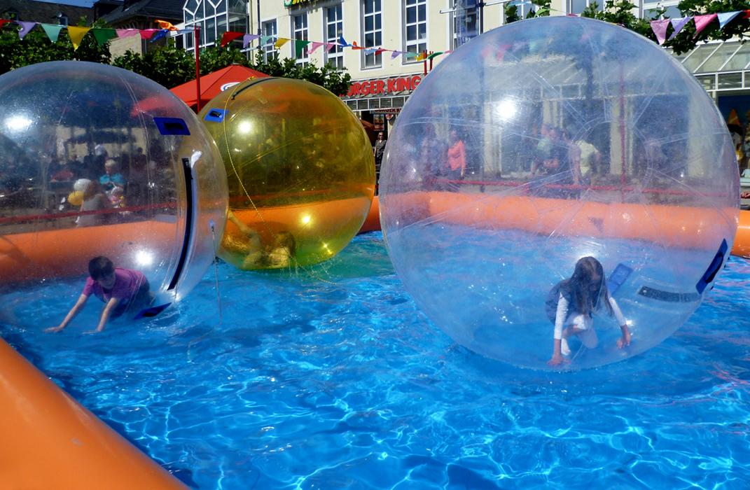 Spiel in Luftblasen