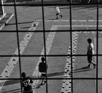 Spielen hinter Gittern