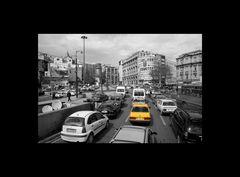 Spielerei in sw (Straßenszene Istanbul)