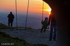 Spielplatz bei Burg Windeck im Abendlicht