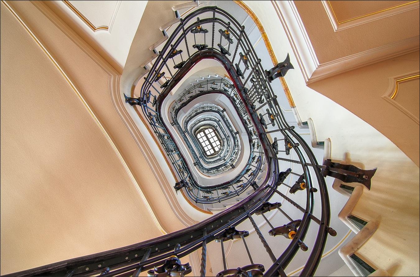 * spiral staircase * * °