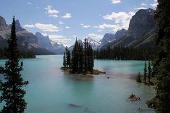Spirit Island im Maligne Lake - Variante vom erhöhten Fotostandpunkt