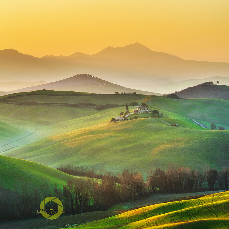 Spring morning in Val d'Orcia