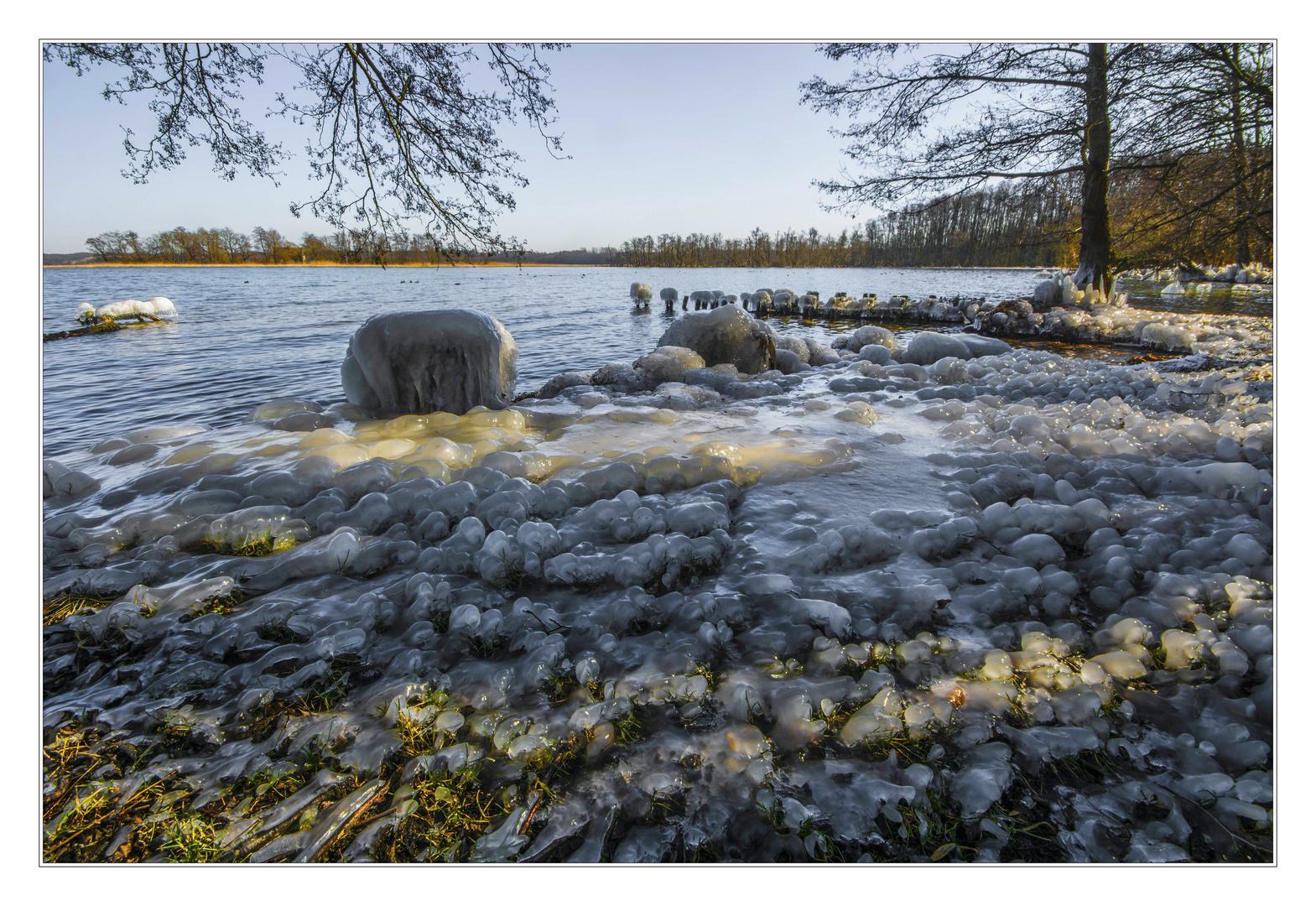 Spritzwasser in Eis
