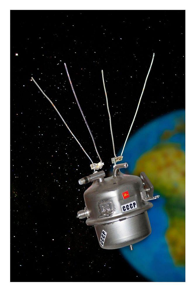 Sputnik by OttoH