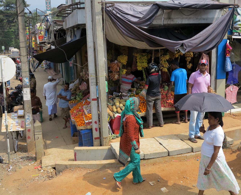 SRI LANKA - normale Einkaufen Läden