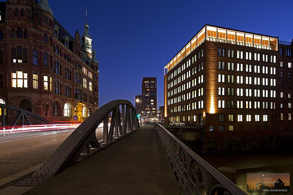 St. Annenbrücke und der Weg zur Hafencity