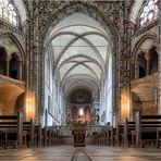 St. Gereon ist eine der zwölf großen romanischen Basiliken in Köln ...