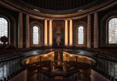 St. Hedwig - Blick zum Altar