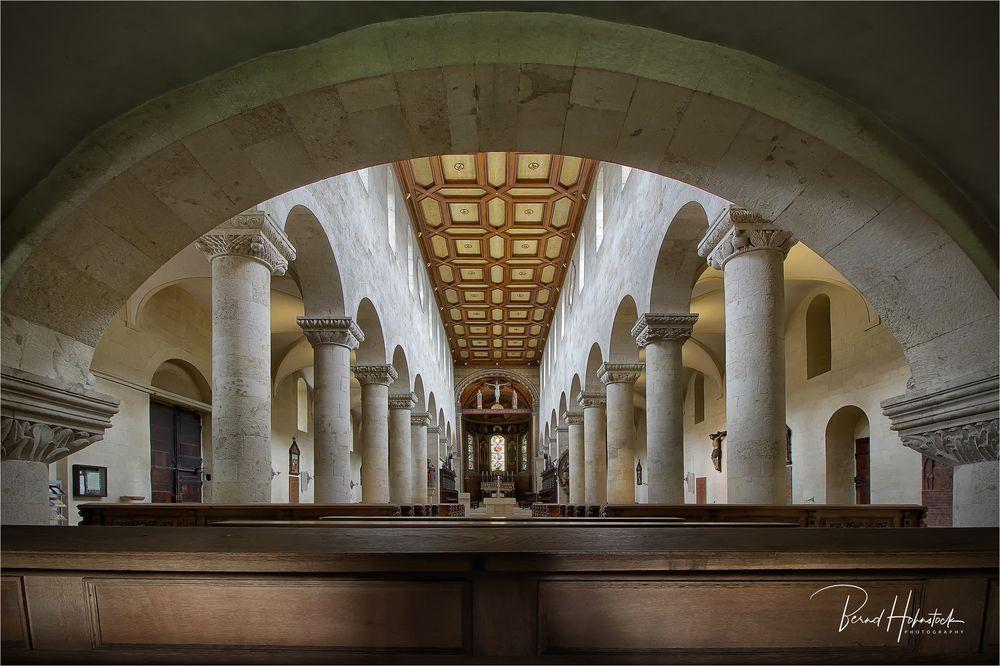 St. Jakob zu Regensburg .....