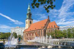St. Marienkirche und Wasserkaskaden in Berlin