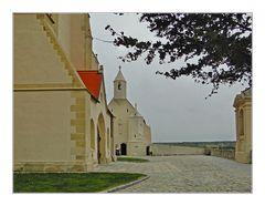 St. Nikolaus Kirche mit Kapelle in Znaim