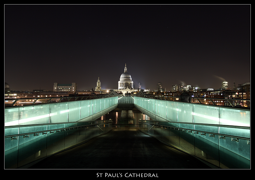 St Paul's Cathedral at Night
