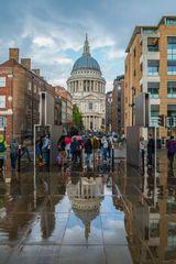 St. Pauls im Regen