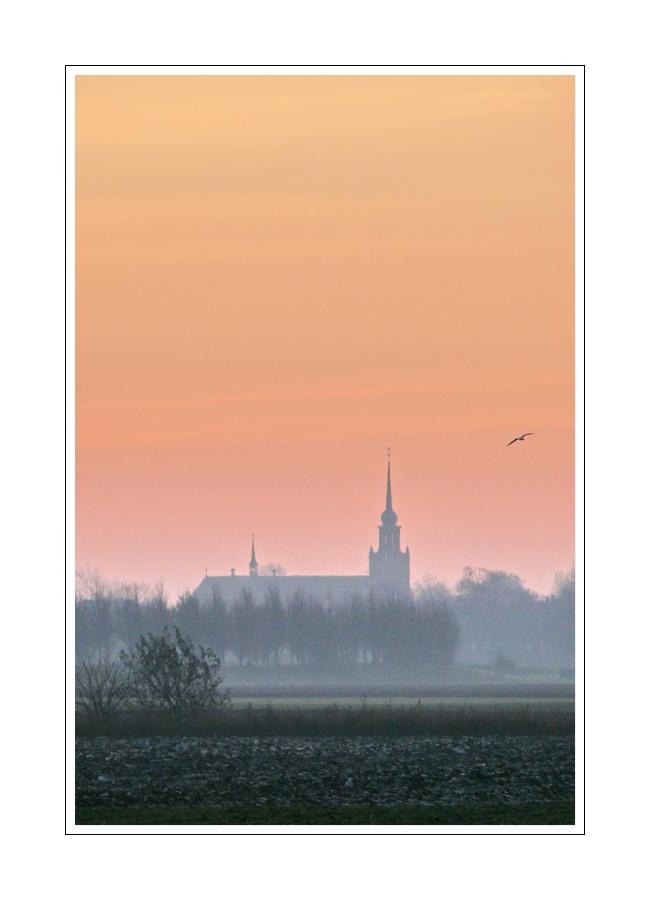 Stadtbild Ijzendijke 01 (sun rise  on 17.11.2007)