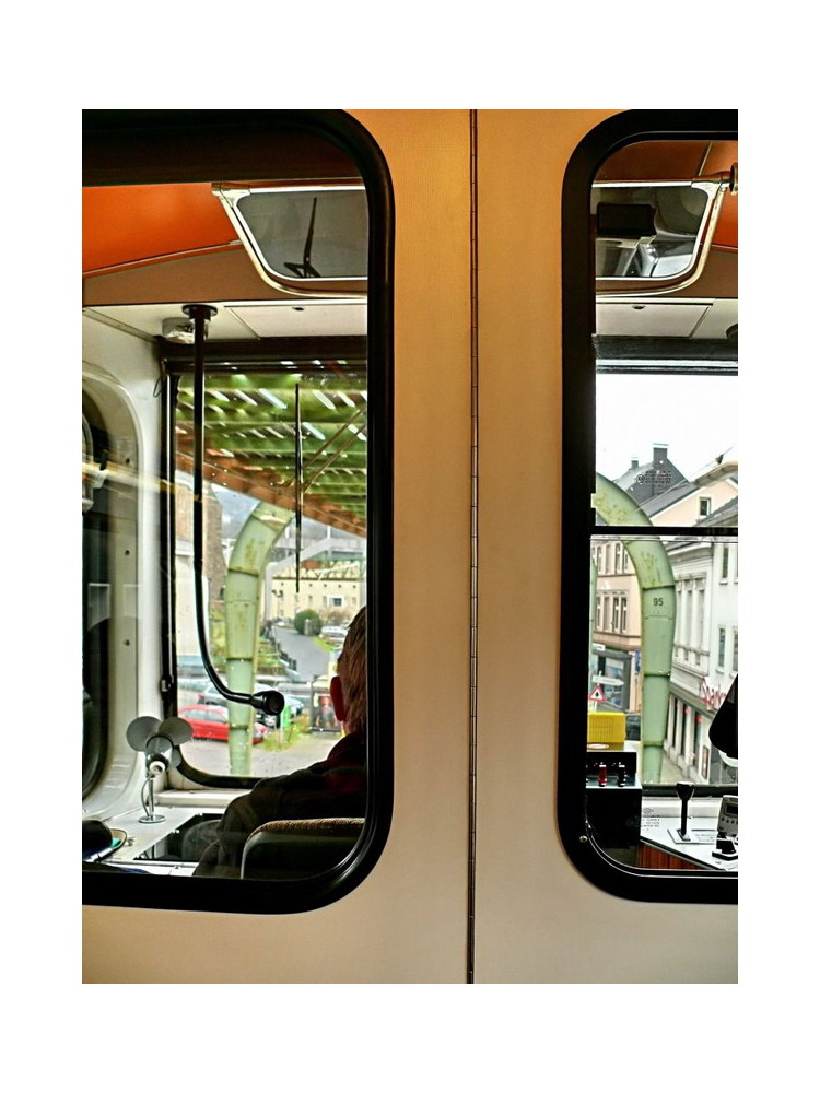 Stadtbild Wuppertal 17 (looking over the drivers shoulder)