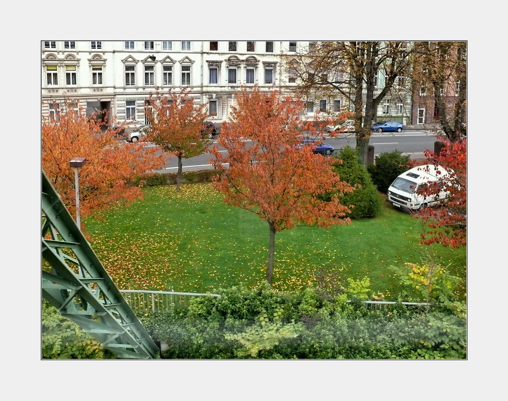 Stadtbild Wuppertal 53 in October (moving downstream, just past the Bayerwerk Eberfeld-West)
