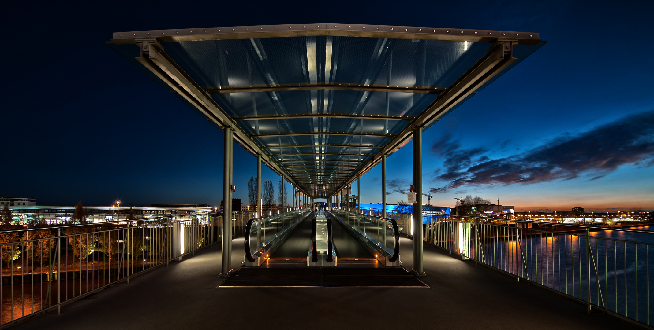 Stadtbrücke in Wolfsburg II