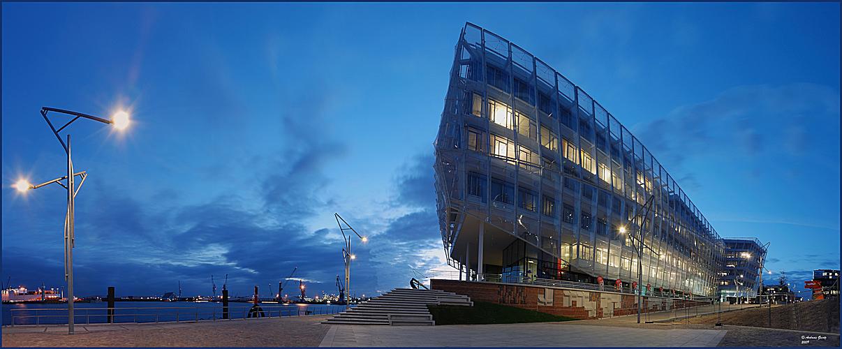 Stadterlebnis Strandkai 1 Unilever Haus