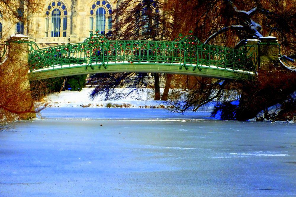 Stadtpark Hannover, die kleine Hohernzollernbrücke