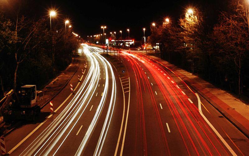 Stadtring bei Nacht