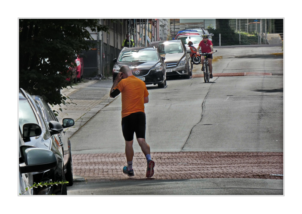 (stadtteil) street jogging